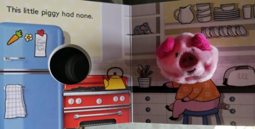 Little Learners This Little Piggy Finger Puppet Book 3