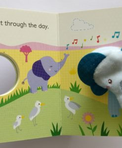 Mummy and Me finger puppet book inside 2