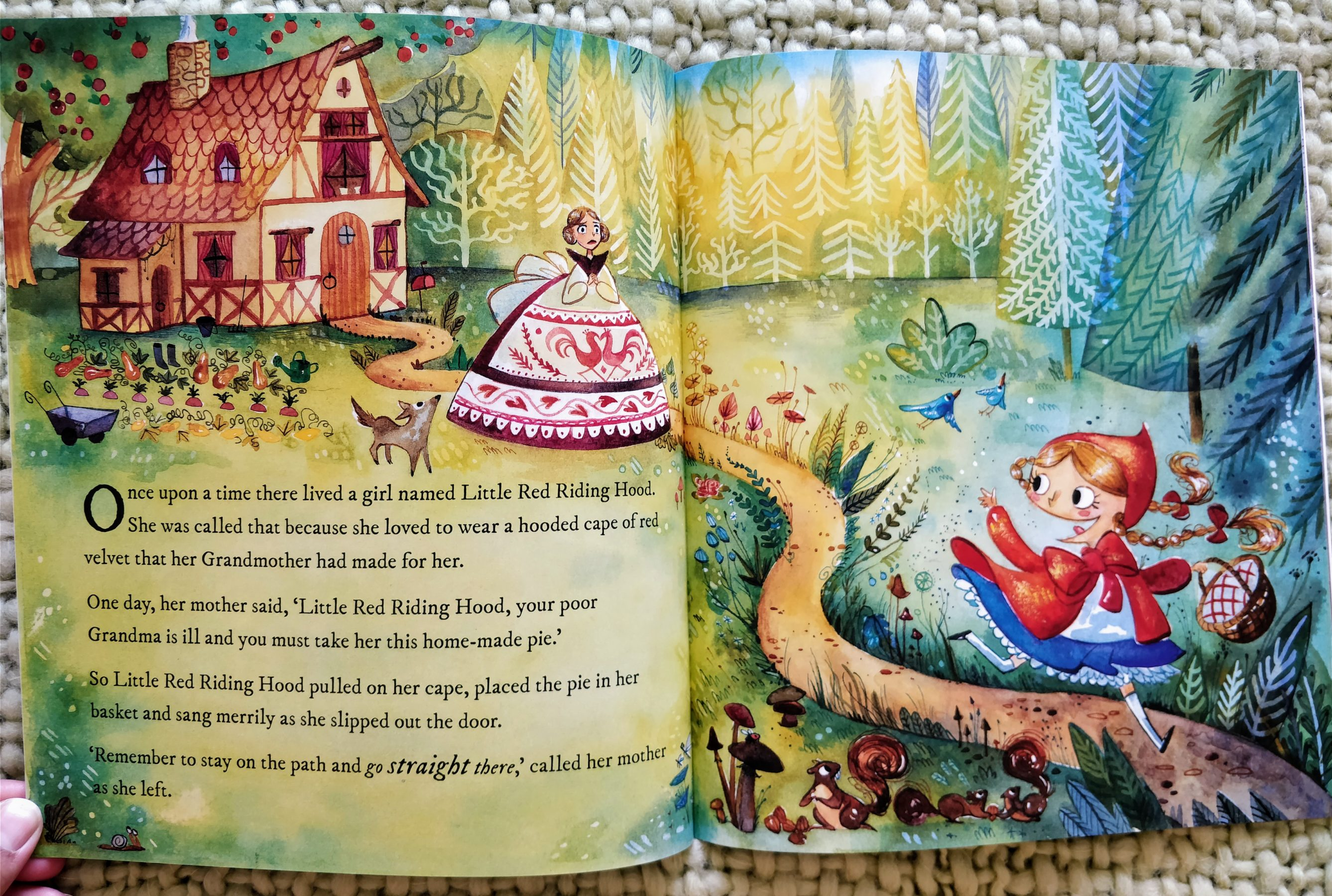 80b60ede6 Classic Fairy Tales – Little Red Riding Hood