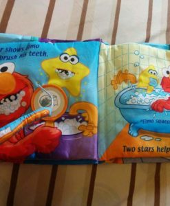 Twinkle, Twinkle Elmo – A bedtime book – Cloth Book - Inside4
