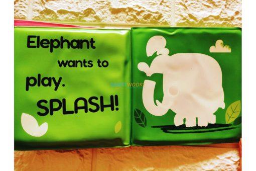 Splish-Splash-Jungle-Colour-Changing-Bath-Book-5.jpg