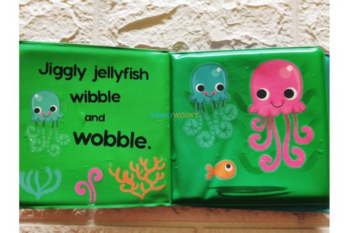 Splish-Splash-Ocean-Colour-Changing-Bath-Book-31.jpg